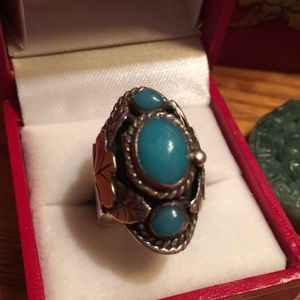 Jewelry - Vintage Poison ☠️ Box Ring